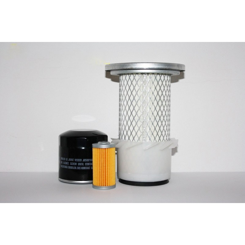 A set of filters - Yanmar