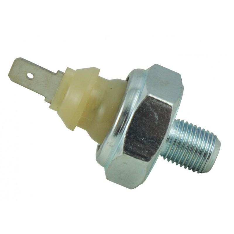 Czujnik ciśnienia oleju Mitsubishi L3E, Cub Cadet 7192/3/4/5, 7232/4, 7272, 7300, 7305, 7530, 7532