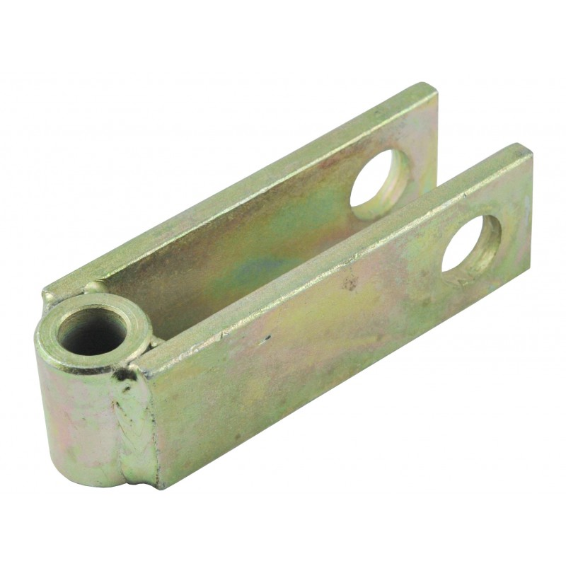 Lift arm clevis for the rear three-point linkage 38x43x134 mm
