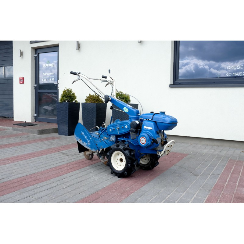 Iseki KC450F single-axle tractor with a power of 4.5 HP