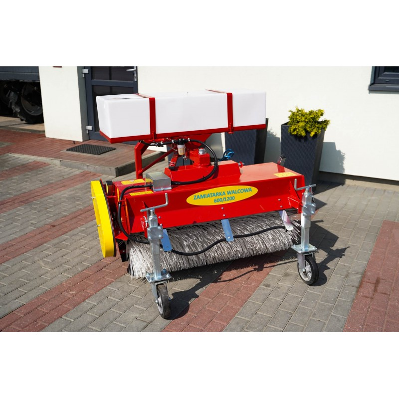 600/1200 mm roller sweeper with watering container